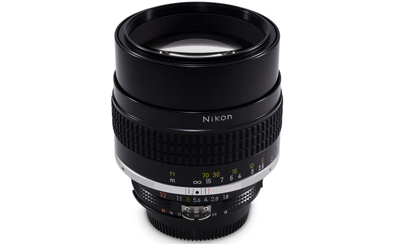 AI Nikkor 105mm f/1.8S